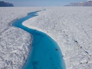 Postal: Río en el glaciar Petermann (Groenlandia)