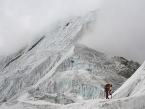 Montañero en el hielo