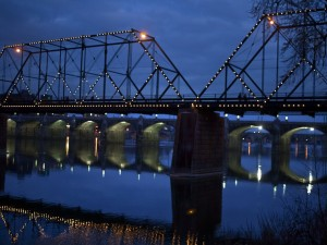 Puentes en la noche