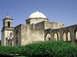 Edificio religioso de piedra