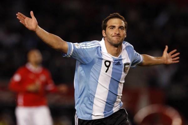 Gonzalo Higuaín con la camiseta de la Selección Argentina