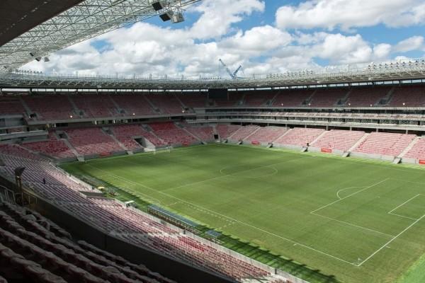 Estadio Itaipava Arena Pernambuco (Recife, Brasil)