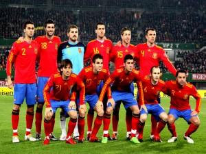 Postal: Los jugadores de la Selección Española en el terreno de juego