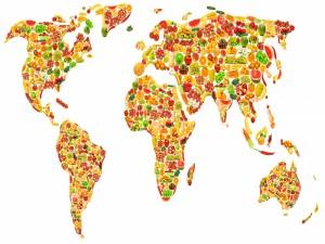 Frutas y vegetales formando el mapamundi