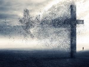 Paloma saliendo de la gran cruz