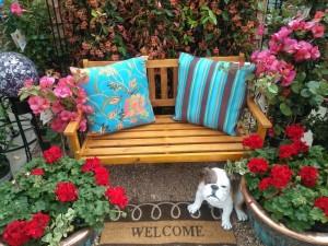 Flores y elementos decorativos