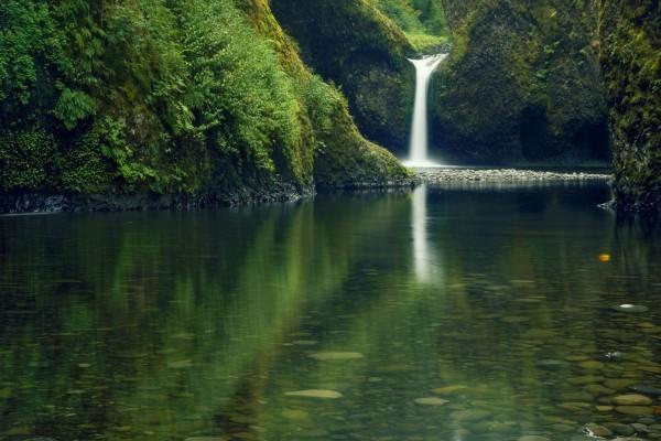 Cascada en la naturaleza