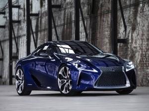 Lexus Hybrid de un bonito color azul
