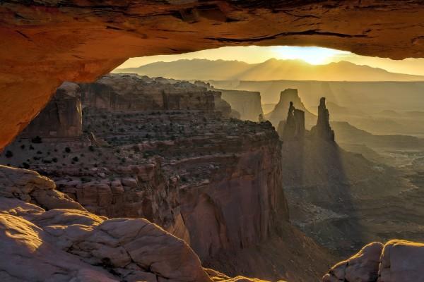 Salida del sol en el Parque Nacional Tierra de Cañones