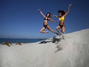 Saltando en la arena