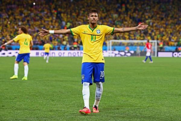 Neymar en el primer partido del Mundial Brasil 2014