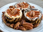 Cupcakes con nueces pecán y dulce de leche