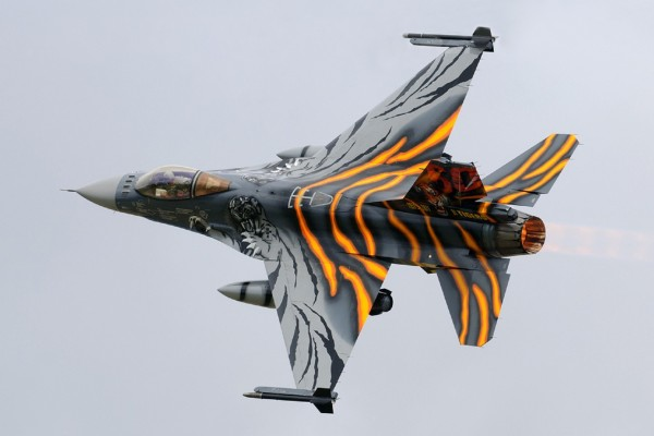 Avión F-16AM (Tigers)