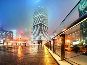 Postal: Niebla y luz en Shanghai
