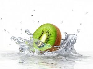 Postal: Kiwi en el agua