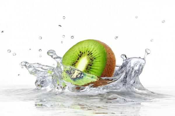 Kiwi en el agua