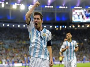 Messi en el partido de la Selección Argentina vs Bosnia 2014