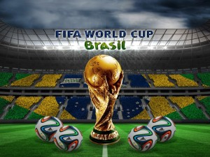Balones adidas brazuca y trofeo del Mundial de Fútbol Brasil 2014
