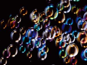 Burbujas de jabón con colores