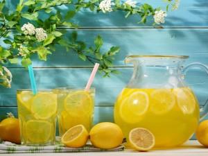 Limonada fresca para el verano