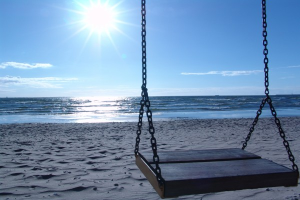 Columpio en la playa
