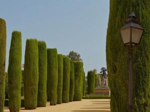 """Estatuas en los jardines del """"Alcázar de los Reyes Cristianos"""" (Córdoba, España)"""