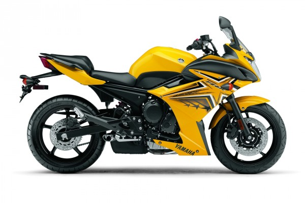 Yamaha FZ6R