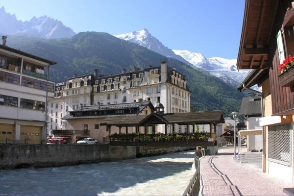 Río Arve en Chamonix, Francia