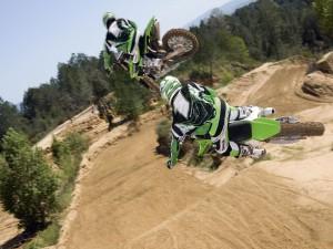 Salto motocross en dos pasos