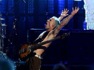 "El bajista ""Flea"" de la banda Red Hot Chili Peppers"