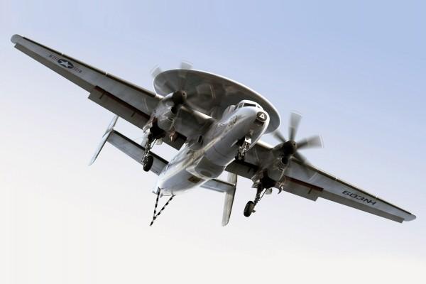 Avión E-2C Hawkeye