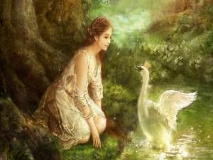 Mujer junto a un ganso real