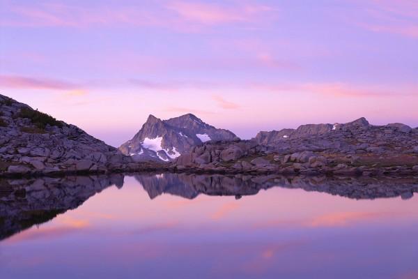 Lago con los colores del cielo