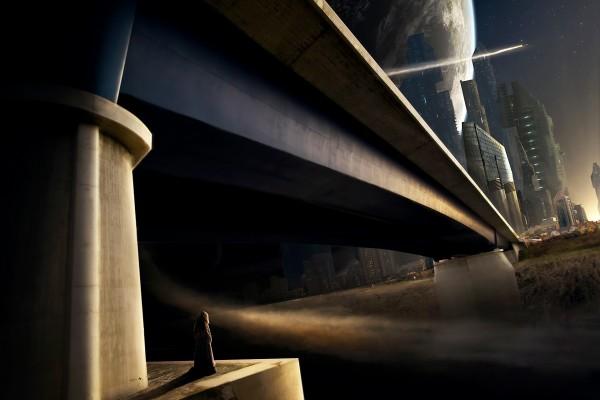 Encapuchado bajo el puente en un futuro mundo