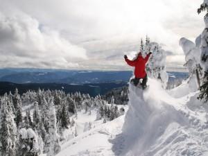 Snowboard en nieve virgen