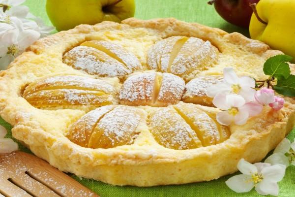Un vistoso y rico pastel de manzana
