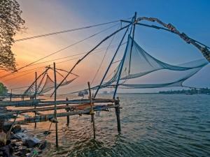 Redes de pesca en el mar