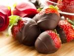Sabrosas fresas bañadas en chocolate