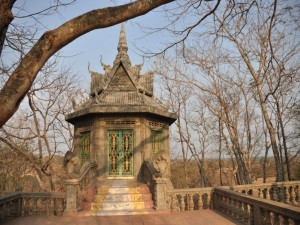 Postal: Colina de los hombres, Kampong Cham (Camboya)