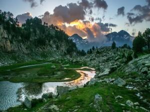 Sensacional paisaje a la entrada del sol