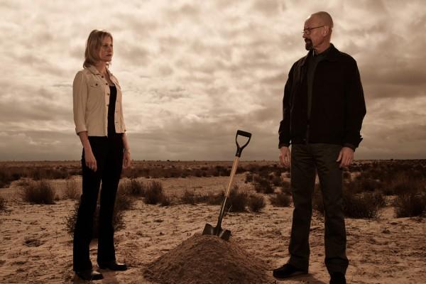 Skyler y Walter en el desierto