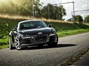 Postal: Audi R8 negro