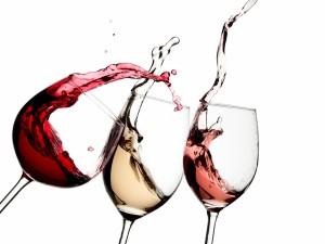 Postal: Tres tipos de copas para cada vino