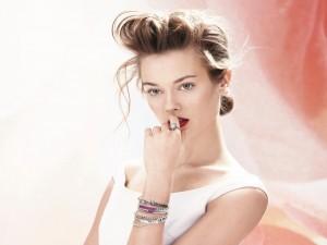 Postal: La bella modela Monika Jagaciak