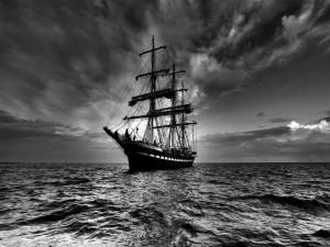 Postal: Un gran barco en el mar