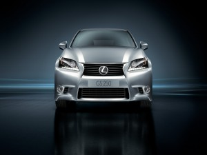 Brillante auto Lexus GS-250