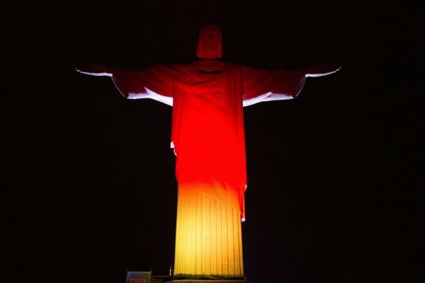 """Cristo de Corcovado con los colores de Alemania """"Ganador del Mundial Brasil 2014"""""""