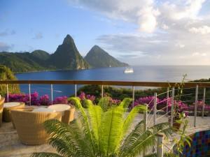 Espectacular terraza frente al mar