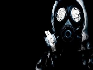 Postal: Ramas en los cristales de la máscara de gas