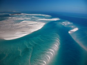 Un precioso mar visto desde el aire